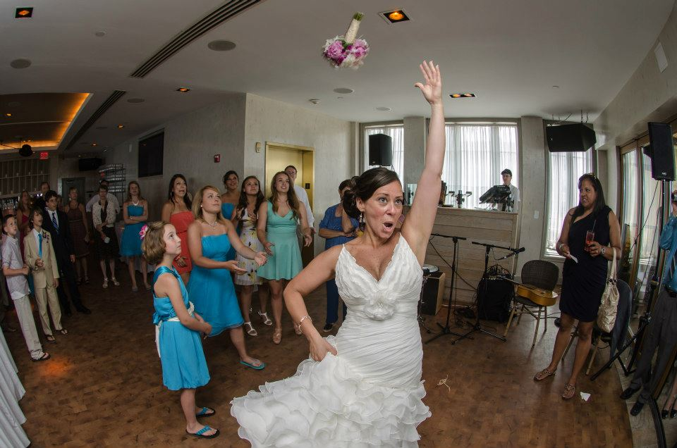 wramage_bouquet_toss